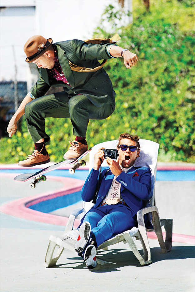 Brandon Biebel pulando Arto Saari (foto: Tony Kelly/Playboy)
