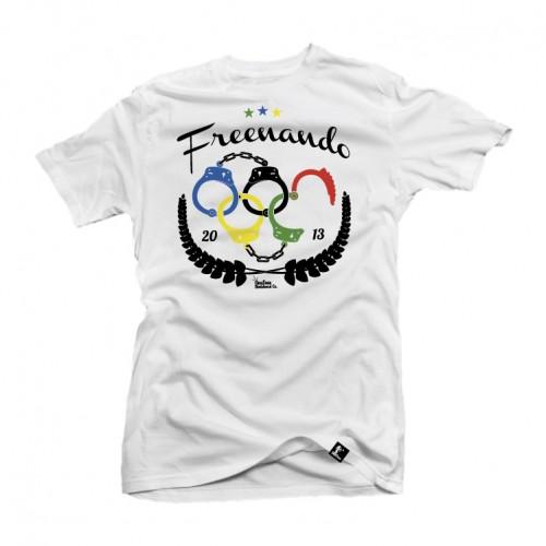 A camiseta Freenando por ser comprada online na http://www.oneloveboards.com