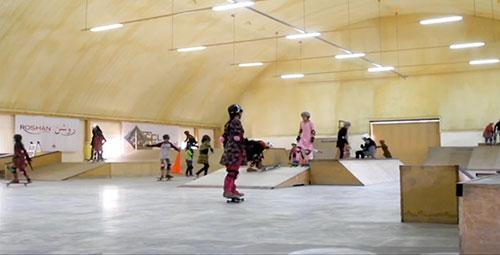 Skate é o esporte mais praticado por meninas no Afeganistão (Reprodução)