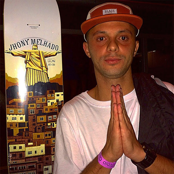 Jhony Melhado recebeu os amigos nessa semana para apresentar sua parte (foto: Sidney Arakaki)