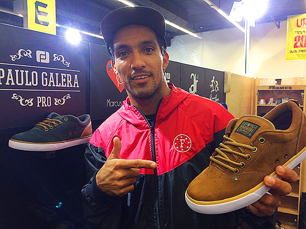 Paulo Galera e a versão premium do seu pro-model pela Freeday (foto: Sidney Arakaki)