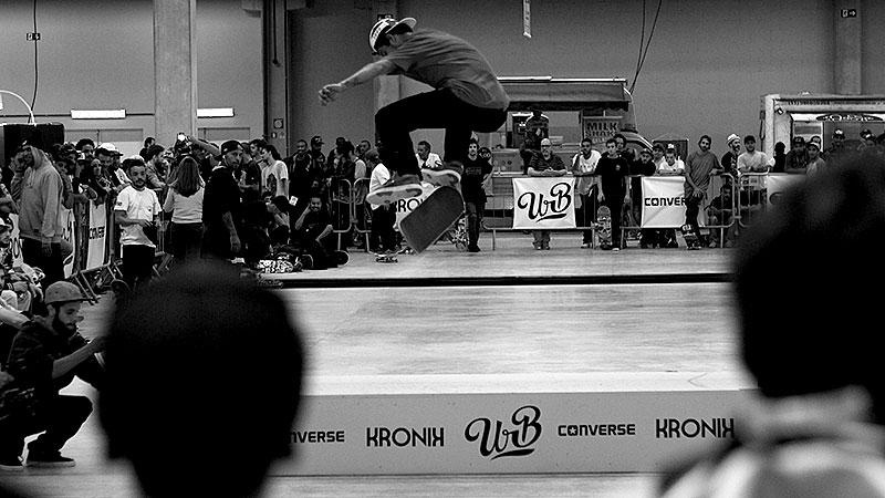 Danilo Cerezini, switch heelflip (foto: Sidney Arakaki)
