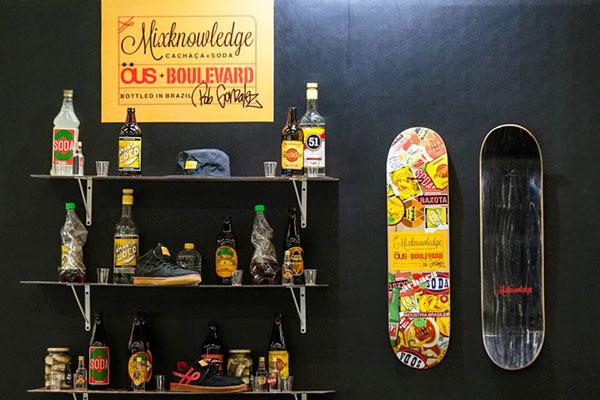 A ÖUS e a Boulevard Skateboards lançaram um colar com deck e tênis assinado pelo skatista profissional norte-americano Rob Gonzalez. (Divulgação)
