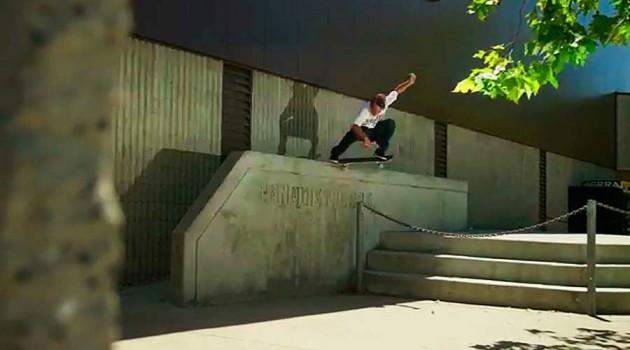 Carlos Iqui abre vídeo da DC Shoes