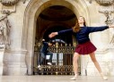 Proper Stranger – Skate e dança clássica